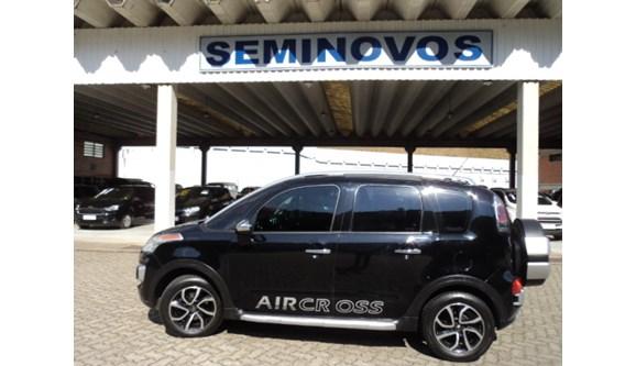 //www.autoline.com.br/carro/citroen/aircross-16-exclusive-16v-flex-4p-automatico/2013/petropolis-rj/9307329