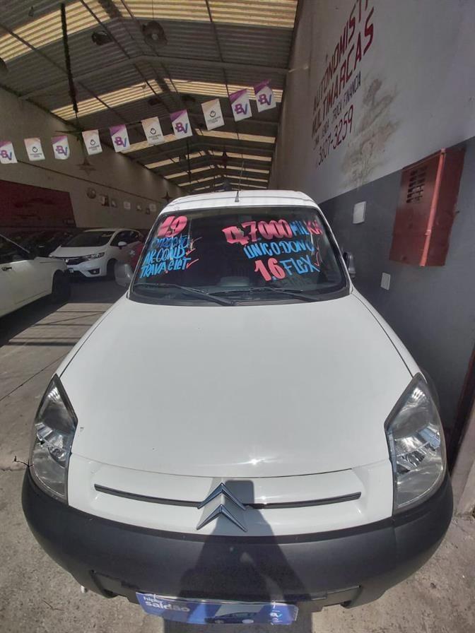 //www.autoline.com.br/carro/citroen/berlingo-16-furgao-16v-flex-4p-manual/2019/osasco-sp/14570293