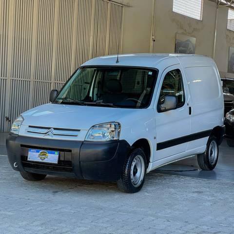 //www.autoline.com.br/carro/citroen/berlingo-16-furgao-16v-flex-4p-manual/2019/fortaleza-ce/15257842