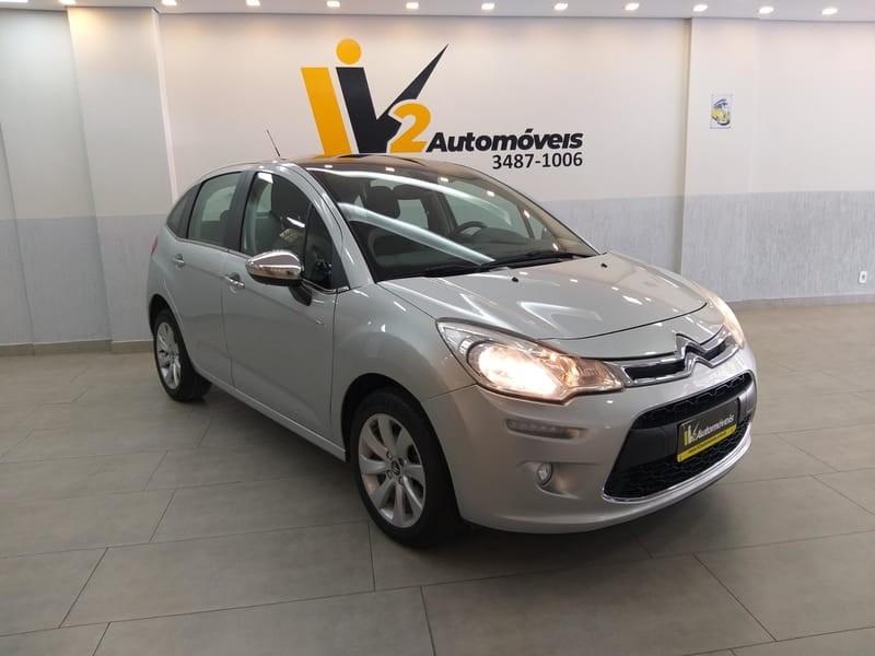 //www.autoline.com.br/carro/citroen/c3-16-exclusive-16v-flex-4p-automatico/2014/brasilia-df/11427831
