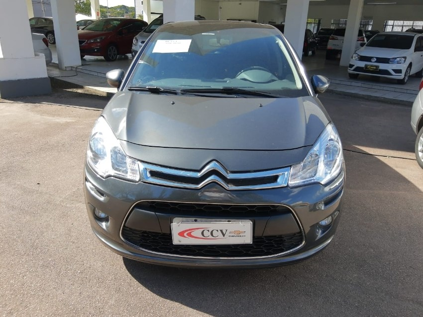 //www.autoline.com.br/carro/citroen/c3-15-tendance-8v-flex-4p-manual/2017/curitiba-pr/12923339