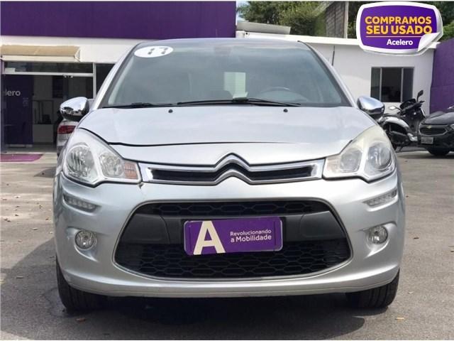 //www.autoline.com.br/carro/citroen/c3-16-120-exclusive-16v-flex-4p-automatico/2017/sao-paulo-sp/14693675