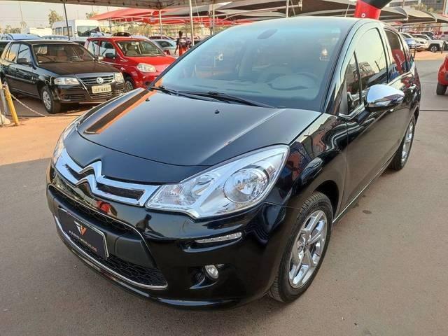 //www.autoline.com.br/carro/citroen/c3-16-exclusive-xboxone-16v-115cv-4p-flex-manual/2013/brasilia-df/15606423