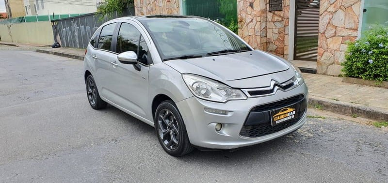 //www.autoline.com.br/carro/citroen/c3-16-120-exclusive-16v-flex-4p-automatico/2013/belo-horizonte-mg/15706105
