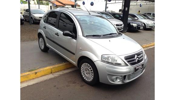 //www.autoline.com.br/carro/citroen/c3-14-glx-8v-flex-4p-manual/2011/catanduva-sp/4806035