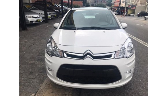 //www.autoline.com.br/carro/citroen/c3-12-attraction-12v-flex-4p-manual/2019/sao-paulo-sp/9600320