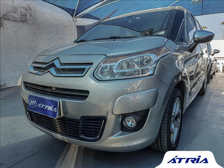 //www.autoline.com.br/carro/citroen/c3-picasso-16-tendance-16v-flex-4p-automatico/2015/campinas-sp/14618115