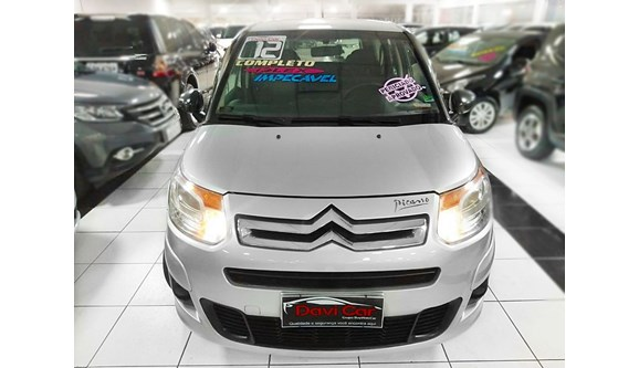 //www.autoline.com.br/carro/citroen/c3-picasso-16-gl-16v-flex-4p-manual/2012/sao-paulo-sp/9953225