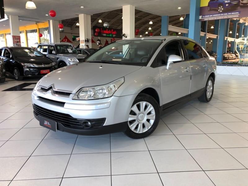 //www.autoline.com.br/carro/citroen/c4-20-glx-pallas-16v-sedan-flex-4p-automatico/2009/curitiba-pr/11609514