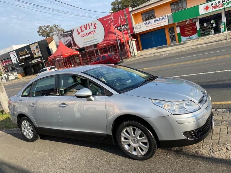 //www.autoline.com.br/carro/citroen/c4-20-exclusive-pallas-16v-sedan-flex-4p-automat/2013/curitiba-pr/11719049