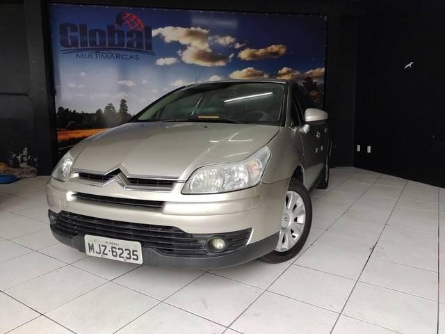 //www.autoline.com.br/carro/citroen/c4-20-sedan-pallas-exclusive-16v-flex-4p-automat/2013/blumenau-sc/14324128