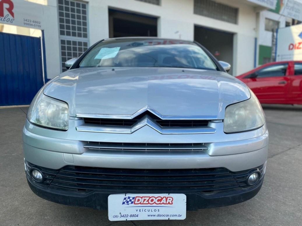 //www.autoline.com.br/carro/citroen/c4-20-sedan-pallas-glx-16v-flex-4p-automatico/2011/pouso-alegre-mg/14801478