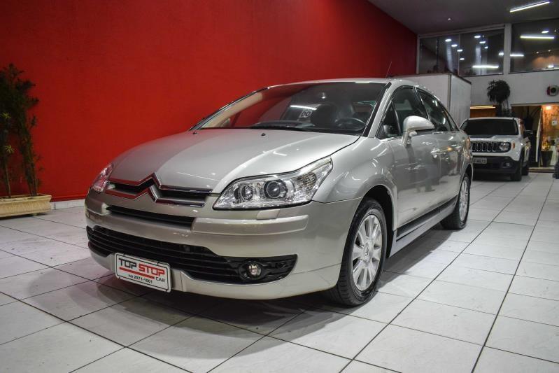 //www.autoline.com.br/carro/citroen/c4-20-sedan-pallas-exclusive-16v-flex-4p-automat/2010/sao-paulo-sp/14946591