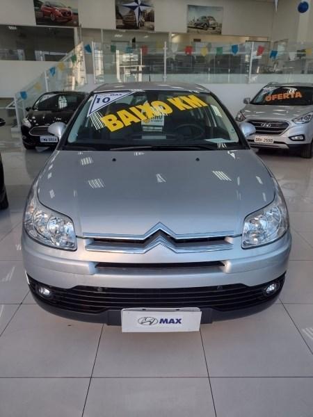 //www.autoline.com.br/carro/citroen/c4-20-sedan-pallas-exclusive-16v-flex-4p-automat/2010/sao-paulo-sp/15038688