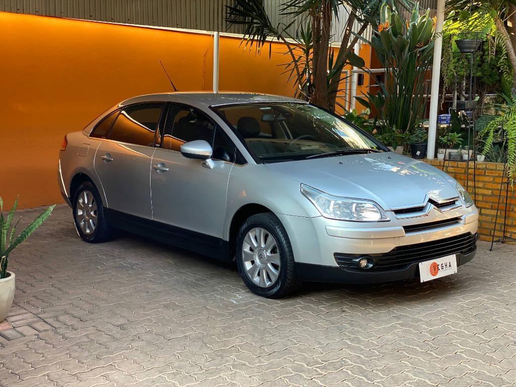 //www.autoline.com.br/carro/citroen/c4-20-sedan-pallas-exclusive-16v-flex-4p-automat/2013/belo-horizonte-mg/15582381