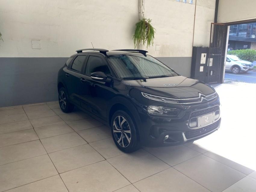 //www.autoline.com.br/carro/citroen/c4-cactus-16-shine-16v-flex-4p-turbo-automatico/2019/juiz-de-fora-mg/14527342
