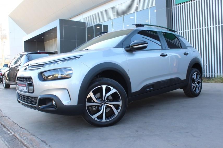 //www.autoline.com.br/carro/citroen/c4-cactus-16-feel-pack-16v-flex-4p-automatico/2020/brasilia-df/15120236