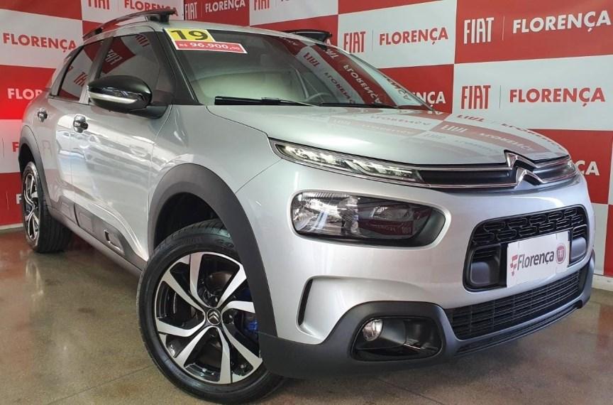 //www.autoline.com.br/carro/citroen/c4-cactus-16-shine-16v-flex-4p-turbo-automatico/2019/curitiba-pr/15594323