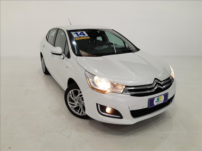 //www.autoline.com.br/carro/citroen/c4-lounge-16-tendance-turbo-thp-16v-165cv-4p-gasolina-a/2014/sao-paulo-sp/13610200
