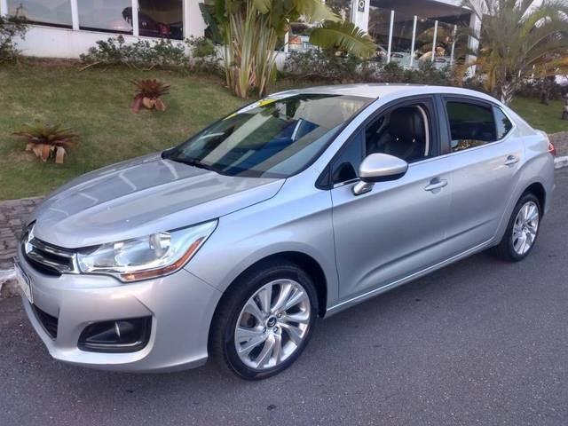 //www.autoline.com.br/carro/citroen/c4-lounge-16-exclusive-16v-flex-4p-turbo-automatico/2015/sao-jose-dos-campos-sp/14443110