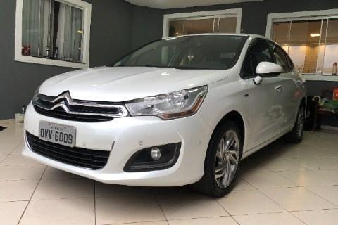 //www.autoline.com.br/carro/citroen/c4-lounge-16-exclusive-16v-gasolina-4p-turbo-automatico/2014/brasilia-df/14565070