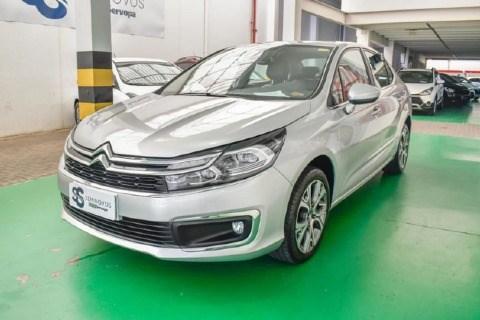 //www.autoline.com.br/carro/citroen/c4-lounge-16-shine-16v-flex-4p-turbo-automatico/2019/porto-alegre-rs/14696373