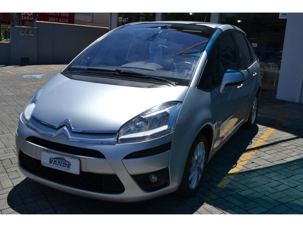 //www.autoline.com.br/carro/citroen/c4-picasso-20-16v-gasolina-4p-automatico/2012/joinville-sc/13919224
