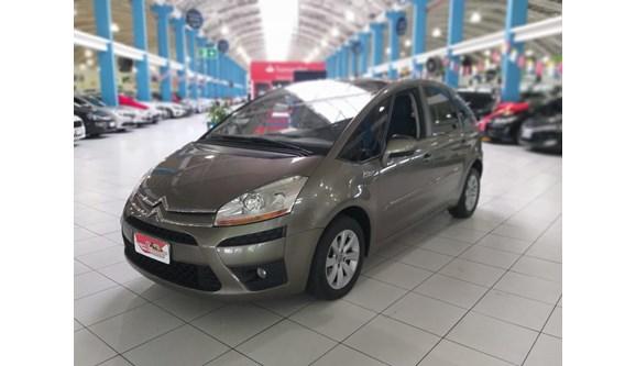 //www.autoline.com.br/carro/citroen/c4-picasso-20-16v-gasolina-4p-automatico/2011/curitiba-pr/8409393