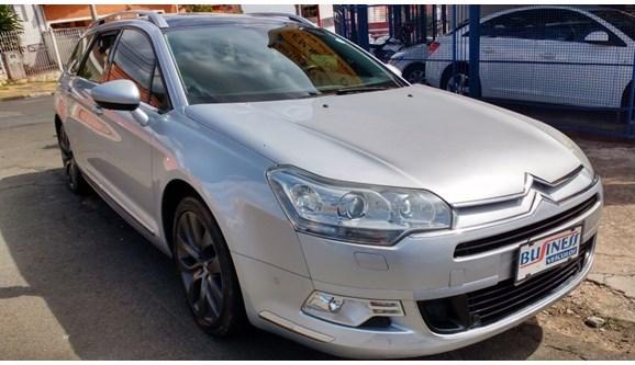 //www.autoline.com.br/carro/citroen/c5-20-exclusive-16v-143cv-4p-gasolina-automatico/2009/campinas-sp/11520358
