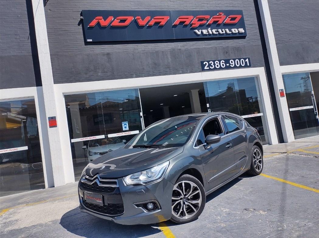 //www.autoline.com.br/carro/citroen/ds4-16-16v-gasolina-4p-automatico/2014/sao-paulo-sp/13356709