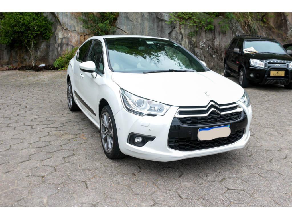 //www.autoline.com.br/carro/citroen/ds4-16-16v-gasolina-4p-automatico/2013/florianopolis-sc/13399338