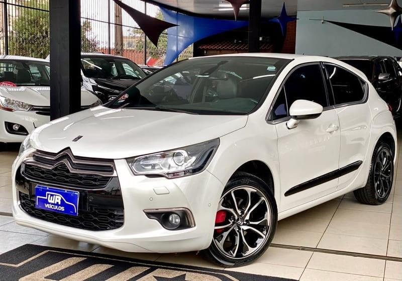 //www.autoline.com.br/carro/citroen/ds4-16-165-16v-gasolina-4p-turbo-automatico/2014/londrina-pr/14897201