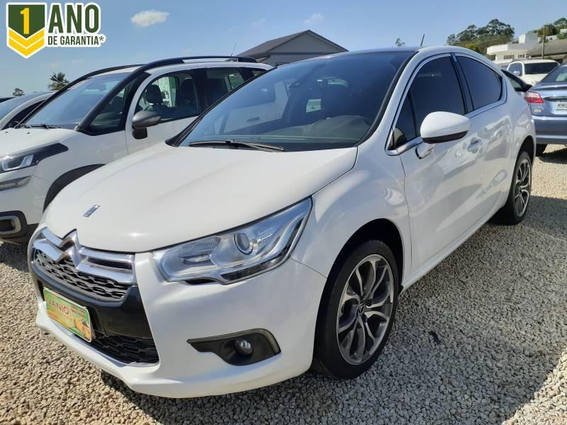//www.autoline.com.br/carro/citroen/ds4-16-chic-16v-gasolina-4p-turbo-automatico/2015/criciuma-sc/15602731