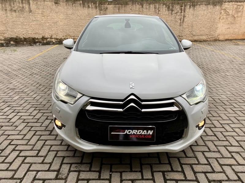 //www.autoline.com.br/carro/citroen/ds4-16-165-16v-gasolina-4p-turbo-automatico/2014/curitiba-pr/15640105