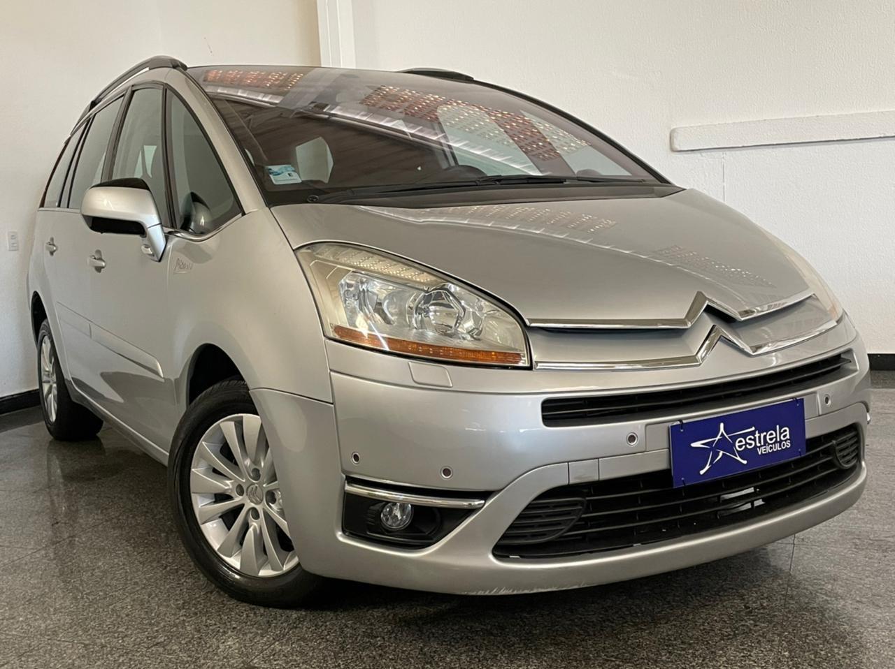 //www.autoline.com.br/carro/citroen/grand-c4-picasso-20-exclusive-16v-gasolina-4p-automatico/2009/belo-horizonte-mg/14538950