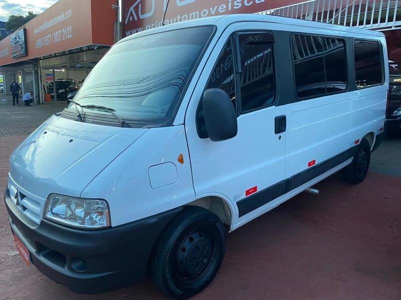 //www.autoline.com.br/carro/citroen/jumper-23-hdi-minibus-16v-diesel-4p-turbo-manual/2012/cascavel-pr/15153094