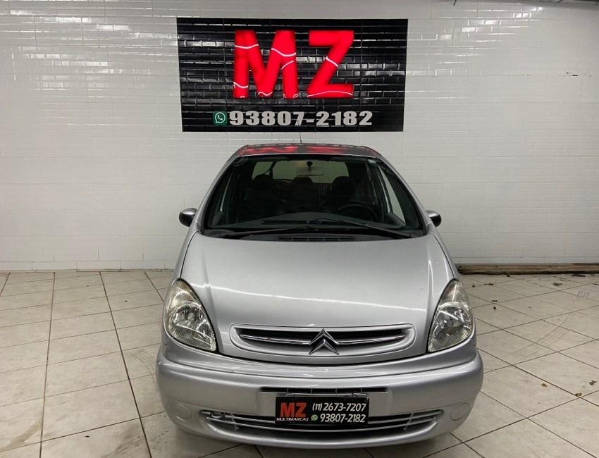 //www.autoline.com.br/carro/citroen/xsara-picasso-20-glx-138hp-16v-gasolina-4p-manual/2004/sao-paulo-sp/10440357