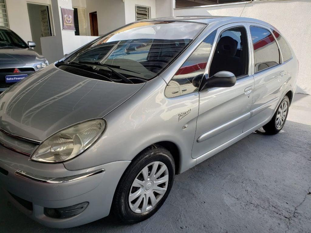 //www.autoline.com.br/carro/citroen/xsara-picasso-16-glx-16v-flex-4p-manual/2010/campinas-sp/10737434