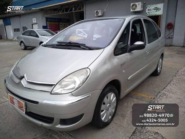 //www.autoline.com.br/carro/citroen/xsara-picasso-16-exclusive-16v-flex-4p-manual/2012/sao-paulo-sp/13434417