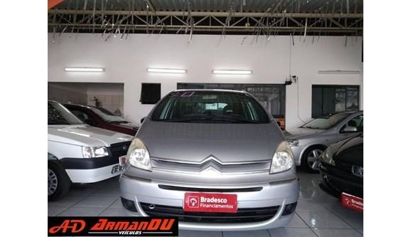 //www.autoline.com.br/carro/citroen/xsara-picasso-16-glx-16v-flex-4p-manual/2010/votorantim-sp/13477940
