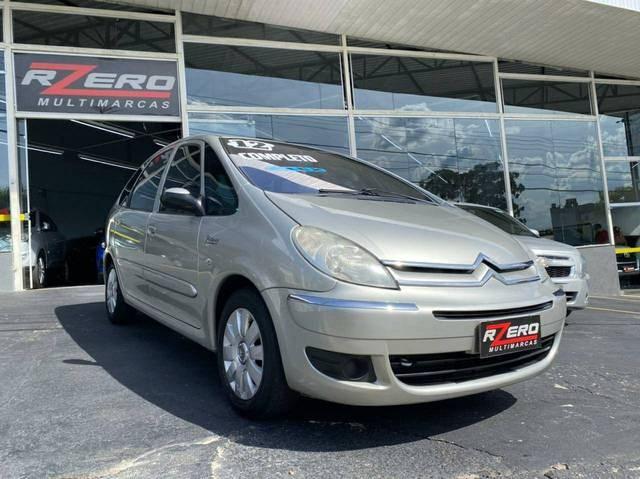 //www.autoline.com.br/carro/citroen/xsara-picasso-16-glx-16v-flex-4p-manual/2012/sao-paulo-sp/13722373