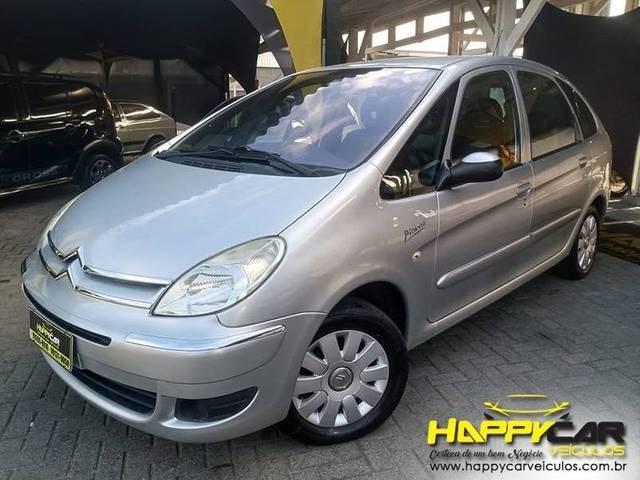 //www.autoline.com.br/carro/citroen/xsara-picasso-16-exclusive-16v-flex-4p-manual/2011/blumenau-sc/13862145