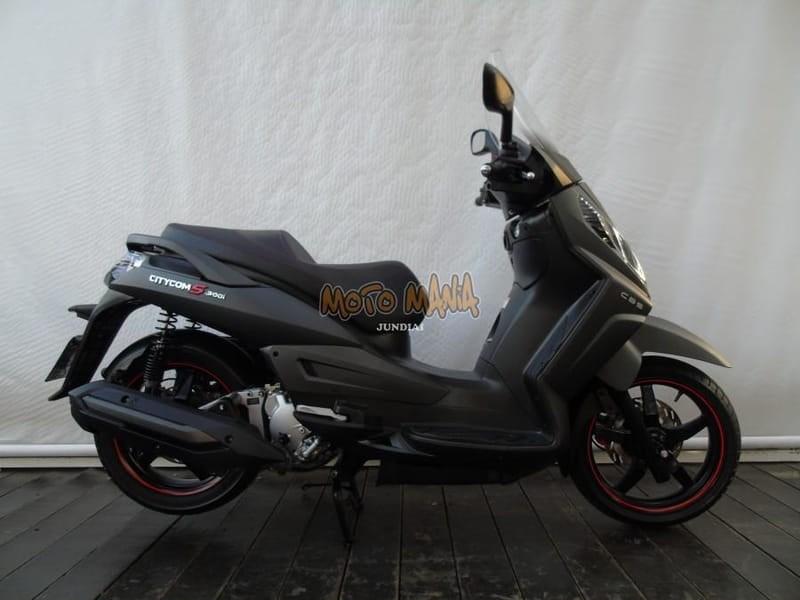 //www.autoline.com.br/moto/dafra/citycom-s-300i/2020/jundiai-sp/15121604