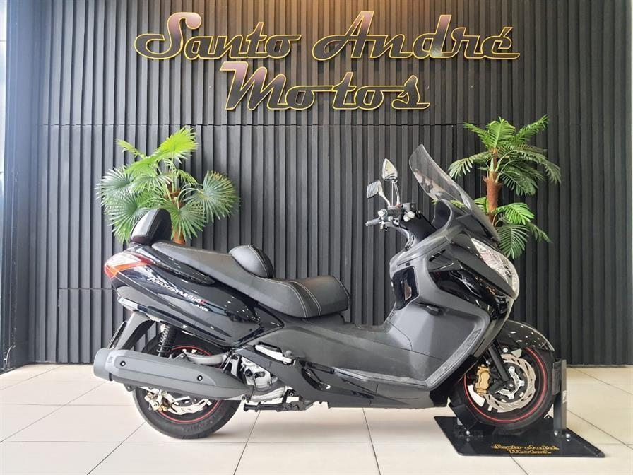 //www.autoline.com.br/moto/dafra/maxsym-400i/2020/santo-andre-sp/13986988