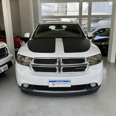 //www.autoline.com.br/carro/dodge/durango-36-v6-crew-24v-flex-4p-4x4-automatico/2013/goiania-go/14648608