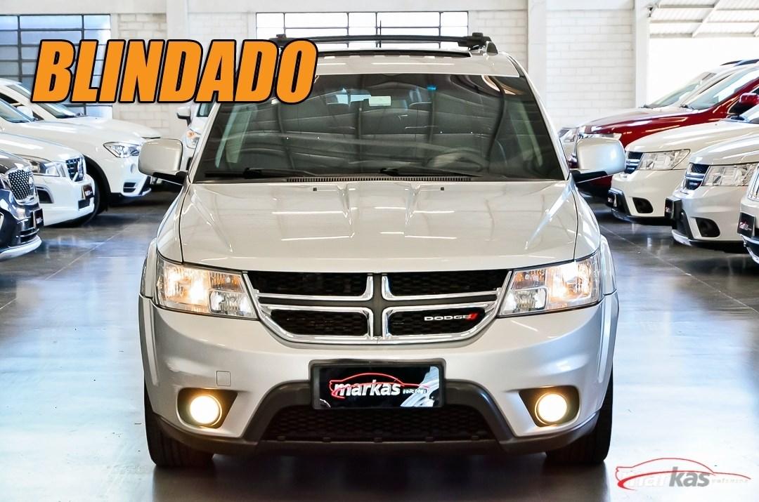 //www.autoline.com.br/carro/dodge/journey-36-rt-24v-gasolina-4p-automatico/2014/porto-alegre-rs/11118220