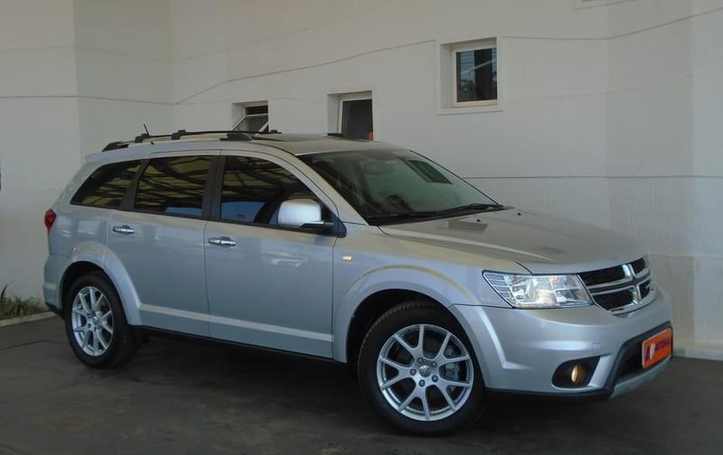 //www.autoline.com.br/carro/dodge/journey-36-rt-24v-gasolina-4p-automatico/2014/brasilia-df/12563743