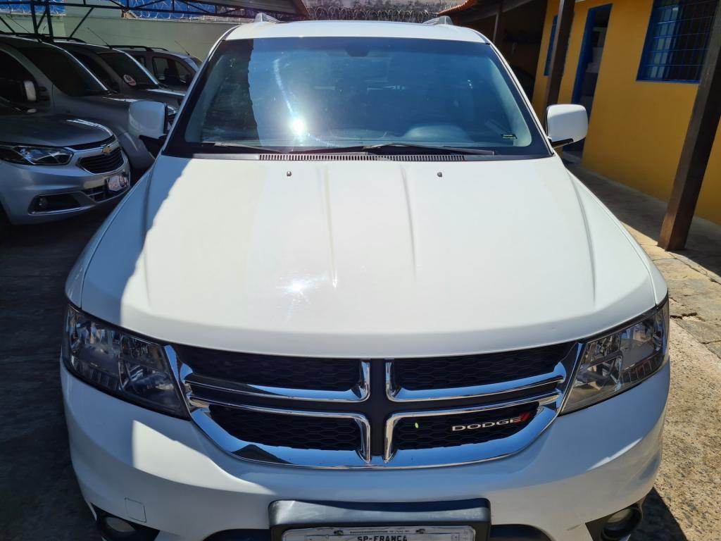 //www.autoline.com.br/carro/dodge/journey-36-v6-rt-24v-gasolina-4p-automatico/2014/uberaba-mg/14335558