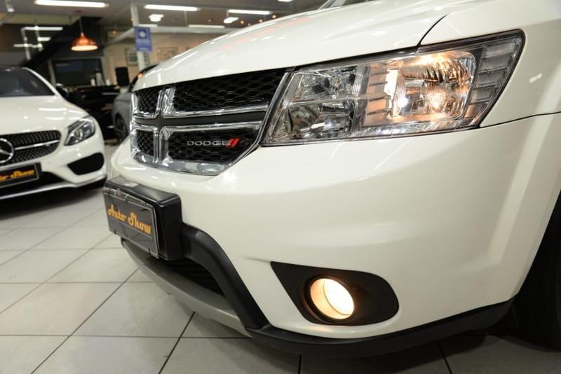 //www.autoline.com.br/carro/dodge/journey-36-v6-rt-24v-gasolina-4p-automatico/2015/sao-paulo-sp/14561861