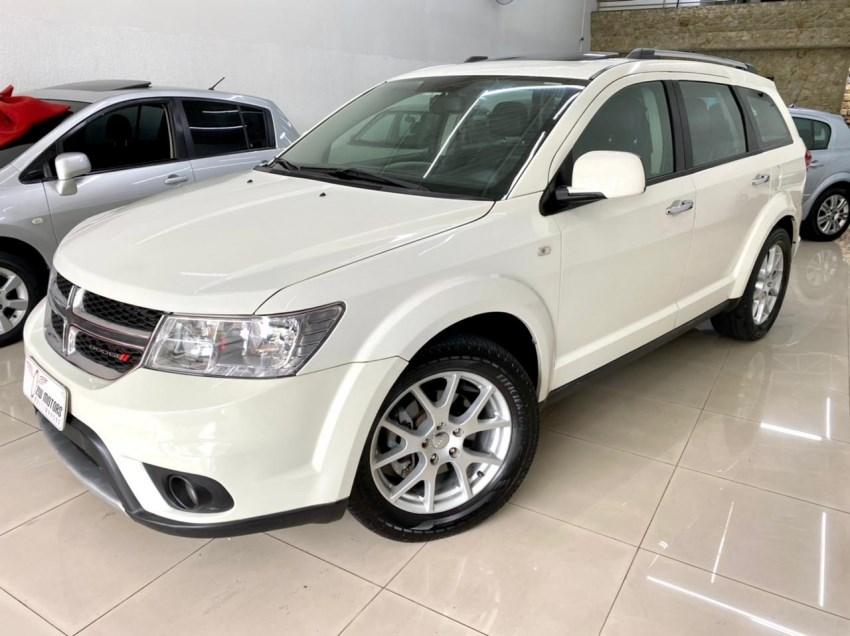 //www.autoline.com.br/carro/dodge/journey-36-v6-rt-24v-gasolina-4p-automatico/2013/jundiai-sp/14817268
